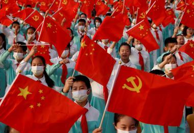 """全球经济体依然对中国持负面看法 唯有新加坡对之""""另眼相看"""""""