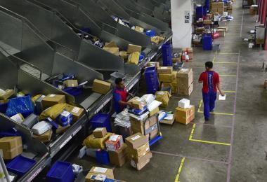 新加坡邮政的包裹处理中心