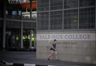耶鲁—国大学院停止收生为何越闹越大? 风波有两大争议点