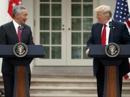 李显龙与特朗普在白宫会面。(路透社)