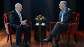 李显龙总理与美国国家安全顾问麦克马斯特会面。(新加坡新闻及通讯部)