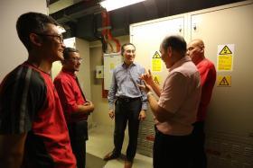 Desmond Kuek With Jurong Crew