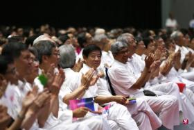 交通部长许文远昨天以行动党主席身份,在人民行动党大会开幕上致辞。(联合早报)