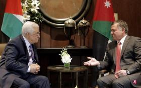 约旦国王阿卜杜拉二世(右)7日在首都安曼会见来访的巴勒斯坦总统阿巴斯。(互联网)