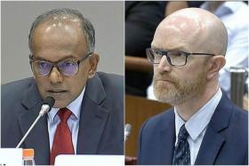 在昨天长达三小时的拷问中,尚穆根部长(左)和面簿亚太区公共政策副总裁西蒙·米尔纳(Simon Milner)激烈交锋。