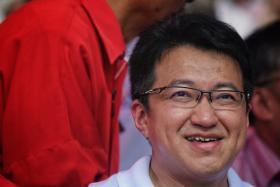 Liew Chin Tong 刘镇东
