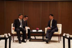 广东省长马兴瑞与新加坡教育部长王乙康