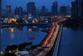 """去玩的国人少了14.7% 马国:游客人次减少是新加坡有份""""贡献"""""""