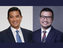 原产业副副部长高级机要秘书哈兹阿兹坚(右)今早再爆料称,他与马国经济事务部长阿兹敏(左)从3年前到现在,共发生4次性关系。