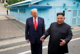 """非军事区特金三会 特朗普""""项庄舞剑意在……""""?"""