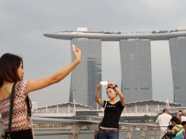 中国游客不爽去香港 新加坡旅游人数创新高