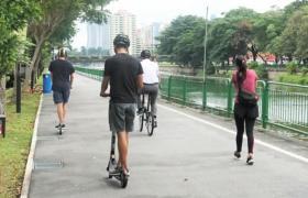 电动踏板车禁止在步行道行驶