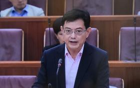 副总理兼财政部长王瑞杰