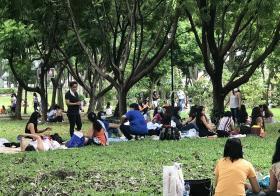 超过500名女佣在大巴窑花园群聚