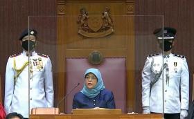 哈莉玛总统发表施政方针
