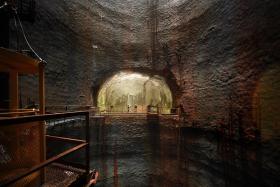 裕廊岛地下储油库(Jurong Rock Caverns)
