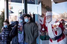 圣诞节出行的美国人