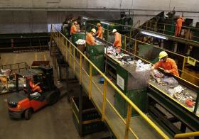 新加坡垃圾处理厂