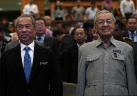 马国现任首相慕尤丁和前首相马哈迪