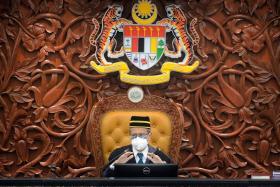 马国下议院议长阿兹哈
